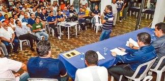 Torcedores foram à sede social do Remo para conhecer os projetos do novo núcleo administrativo do clube azulino