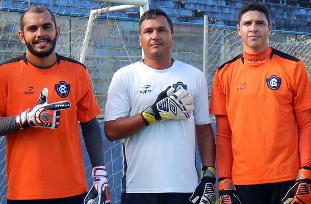 André Luis, Juninho e Vinícius