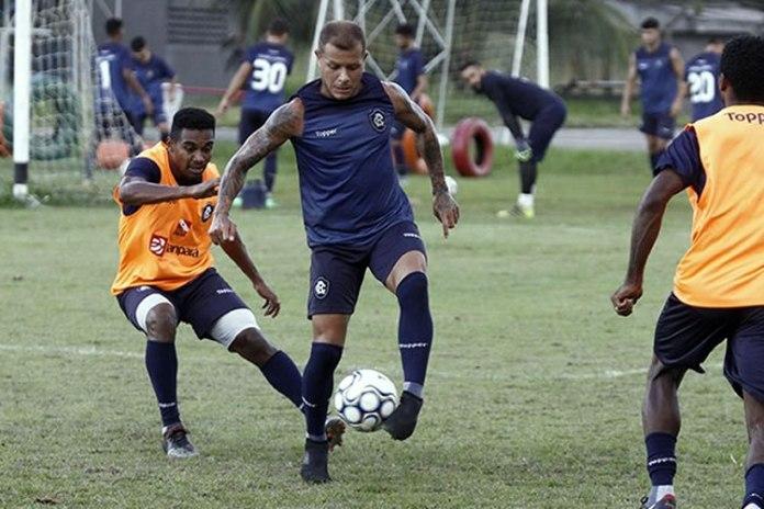 Dudu, Everton e Fernandes