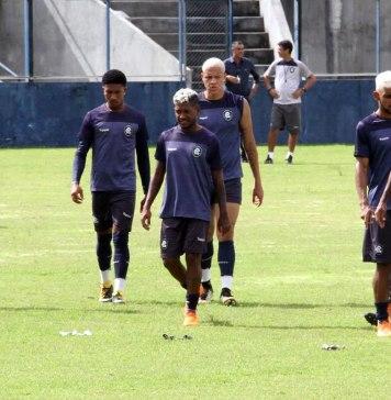 Echeverría, Mário Sérgio, Henrique, Victor Luiz, Gustavo Ramos e Dedeco