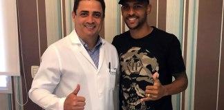 Gustavo Ramos com o neurocirurgião Amilton Araújo Júnior