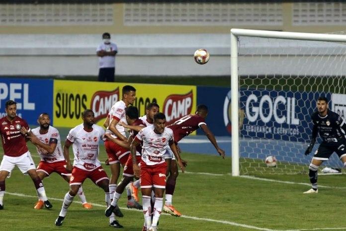 Remo 0×0 Vila Nova-GO (Eduardo Ramos, Lucas Siqueira e Gelson)