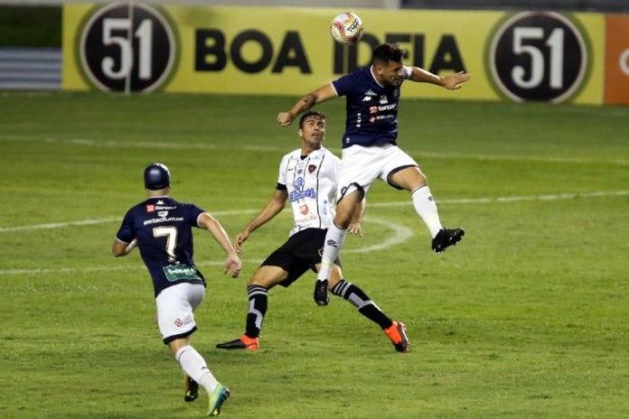 Remo 0×0 Botafogo-PB (Gustavo Ermel e Eduardo Ramos)