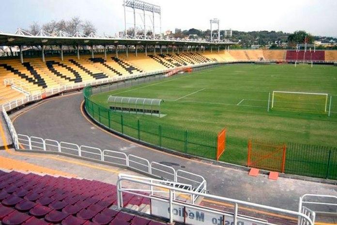 Estádio Raulino de Oliveira (Volta Redonda-RJ)