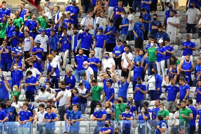 Cruziero-MG jogou com presença de 30% da capacidade do estádio Mineirão liberada