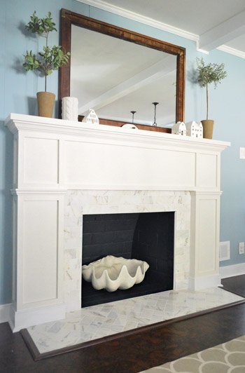 Remodelaholic 25 best diy fireplace makeovers - Tiling a brick fireplace ...