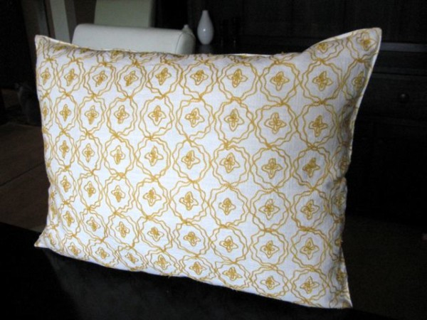 No Sew Throw Pillow From A Placemat, Welcome To Heardmount On Remodelaholic