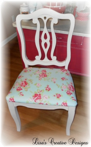 How To Refurbish A Flea Market Chair Diy Reupholstering Kitchen Chairs By Lisas Creative Designs Featured On Remodelaholic