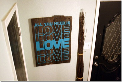 Rustic-art-piece-using-vinyl-wall-decal-tutorial (27)