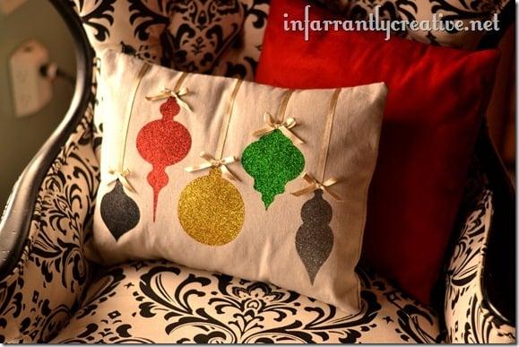 christmas-pillow-glitter-ornaments