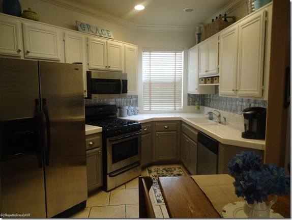 kitchen-remodel-grey-and-white-two-toned-painted-cabinets (1)