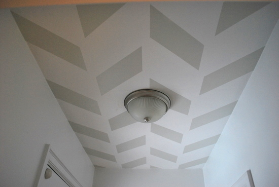 7 Herringbone pattern on ceiling, DIY, by The Sweetest Digs featured on @Remodelaholic