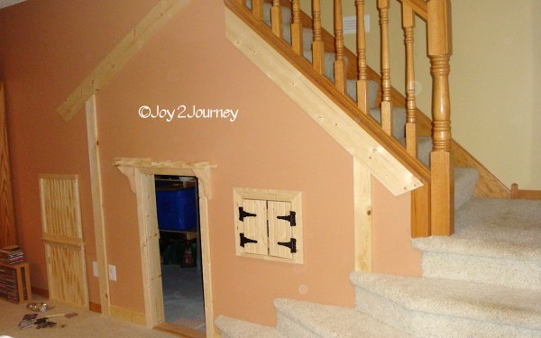 Under the stairs kids play house  (7)