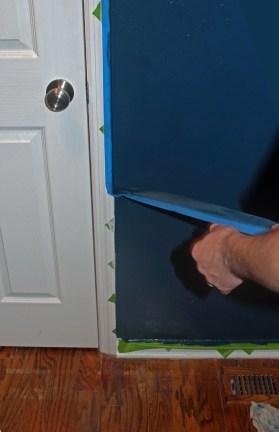 Chrvon stripe painting tutorial #Chevron #tutorial #wall (22)