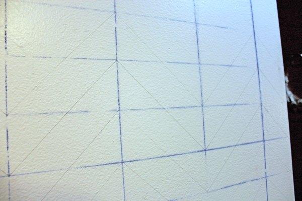 Chrvon stripe painting tutorial #Chevron #tutorial #wall (7)