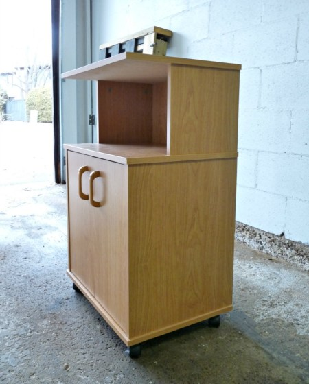 Play Kitchen From Microwave Stand (16)