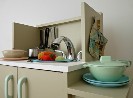 Play Kitchen From Microwave Stand (25)