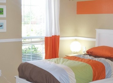 Orange Accent Boys Bedroom