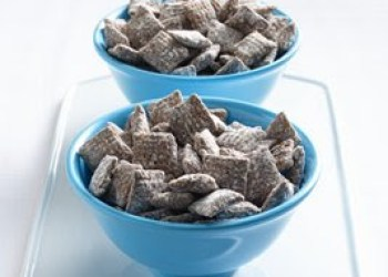 muddy-buddies microwave treat