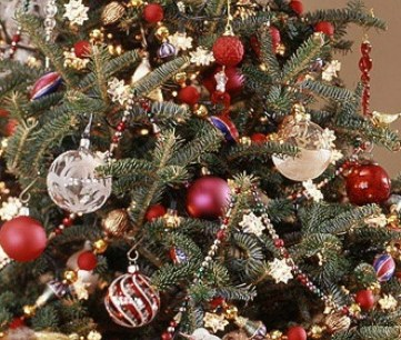 Home Sweet Home for Christmas:  Trees & Linkup Features