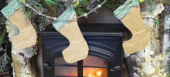 Remodelaholic-Paper-Stockings.jpg