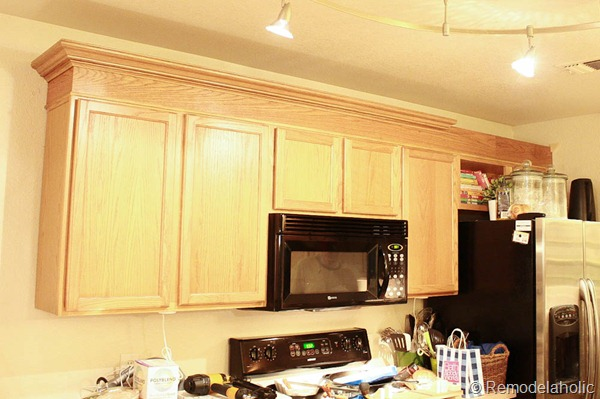 Upgrade Oak Kitchen Cabinets With Crown Moldings-24