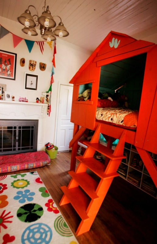 Colorful Kids Elevated Bed Palyhouse