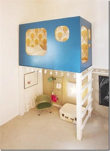 Madamoiselle Astuce Wallpapered Modern