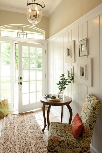 Dagmar's Home panelled entry
