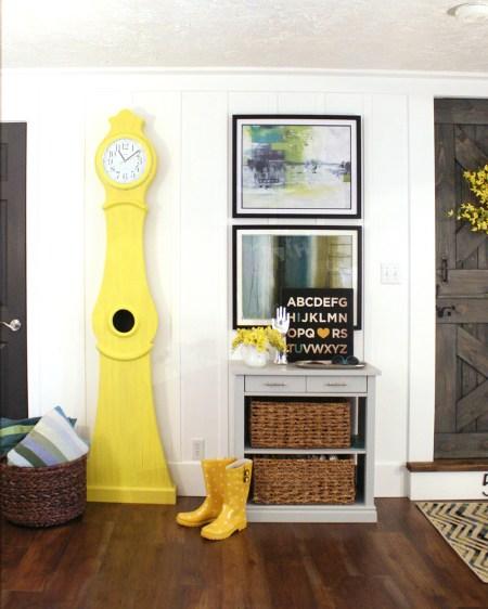 Build a Swedish clock tutorial Yellow Swedish clock national painting week (2)