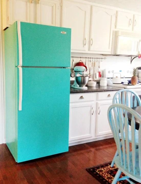Crazy Crooked Cottage retro turquoise fridge