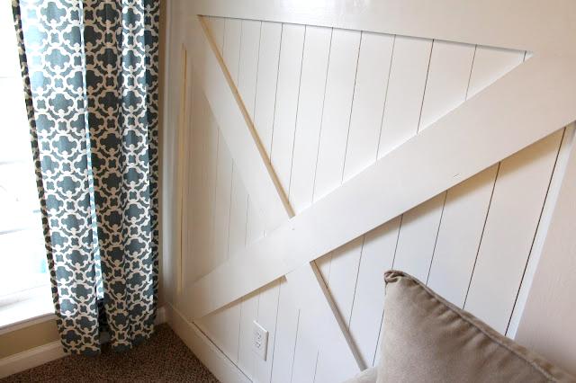 7 wainscoting-inspired-by-barn-door & Barn Door Wainscoting Tutorial | Remodelaholic