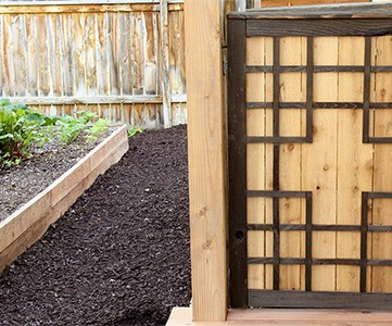 outdoor tall baby gate