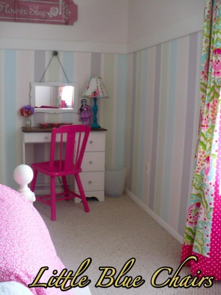 painted striped wainscoting, Little Blue Chairs on Remodelaholic