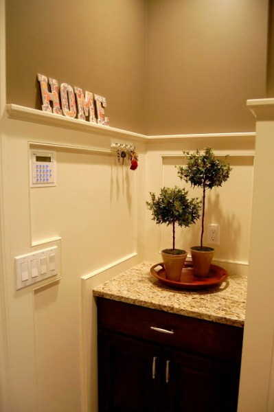 wainscoting ledge, 33 Shades of Green on Remodelaholic