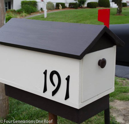 build a diy mailbox, Four Generations One Roof