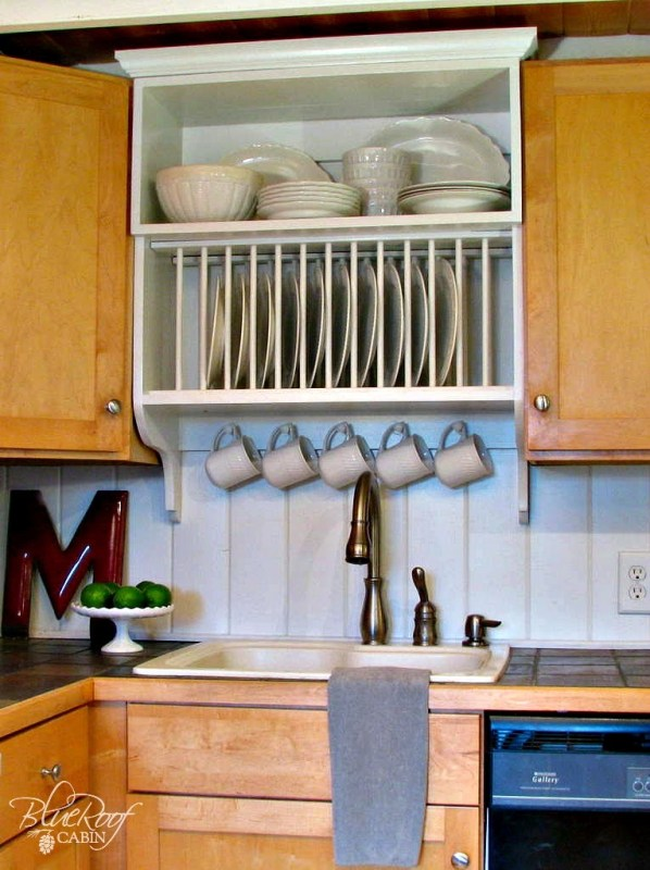 Upgrade Kitchen Cabinets: Build a Custom Plate Rack | Blue Roof Cabin featured on Remodelaholic.com #upgradecabinets #buildergrade #buildit #platerack @Remodelaholic