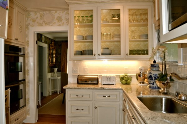 small kitchen remodel, via Roomzaar