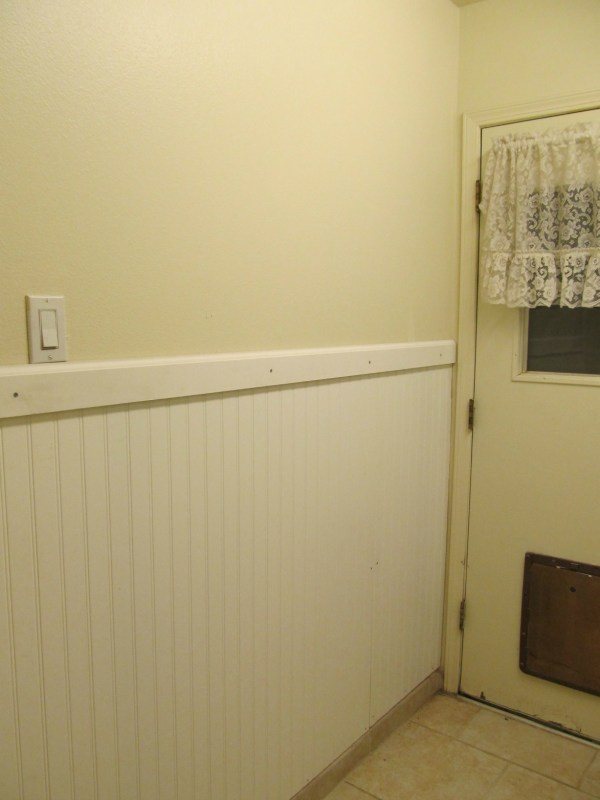 beadboard wainscoting laundry room makeover, The Pin Junkie featured on Remodelaholic.com