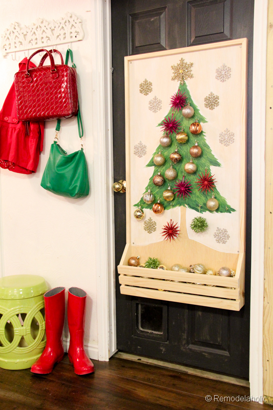 Chrsitmas Tree advent calendar with hooks-28