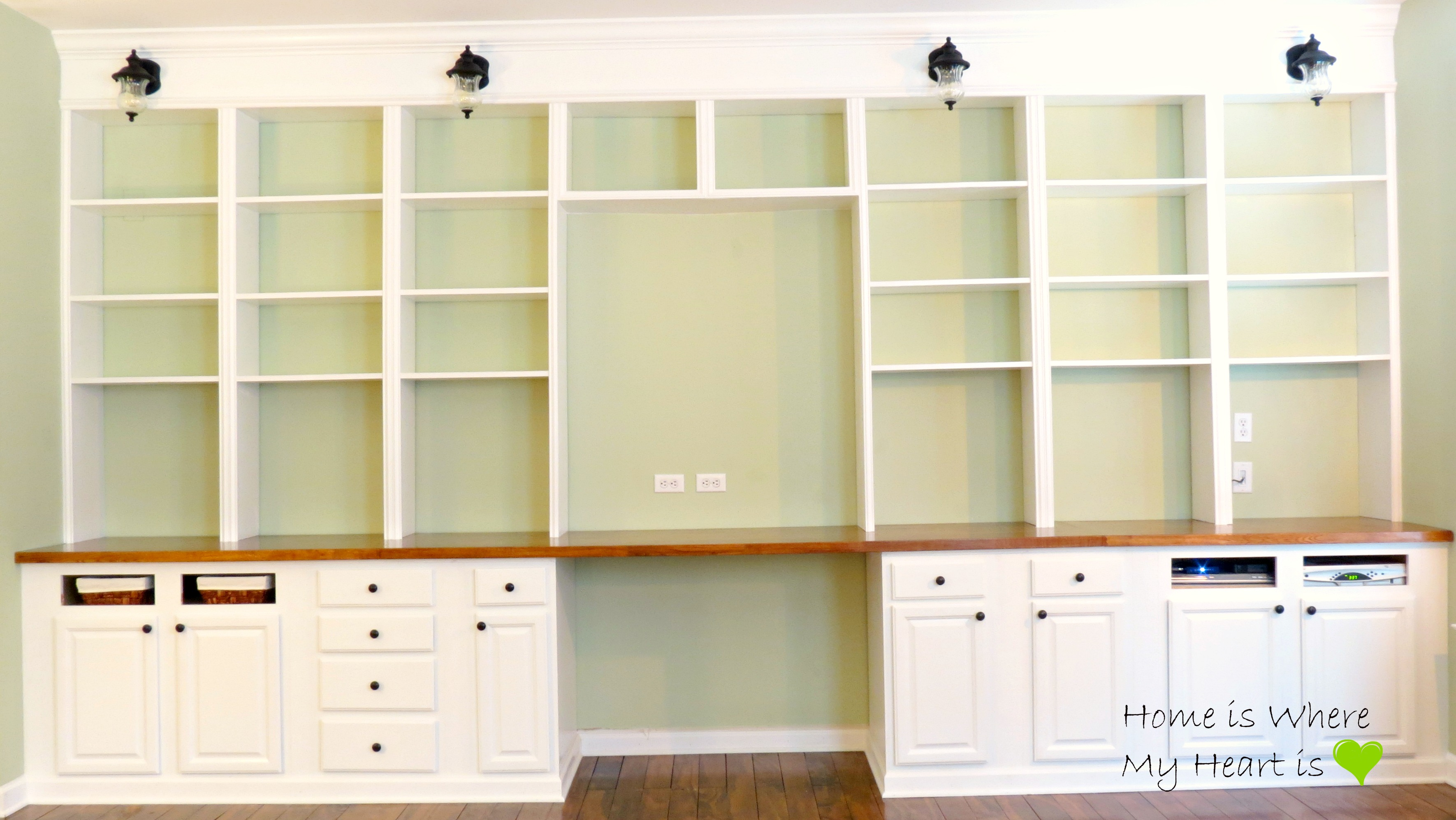 ... Built In Desk And Bookshelf, Home Is Where My Heart Is Featured On  Remodelaholic ...