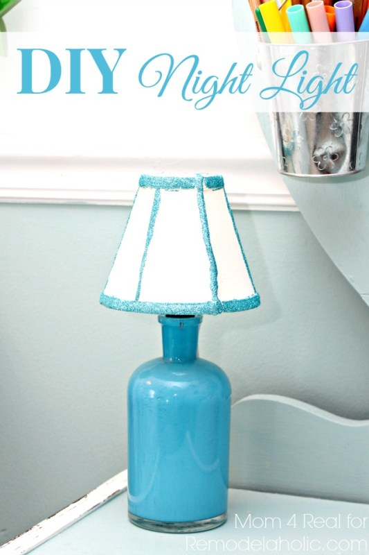 $10 DIY Night Light from Thrift Store Finds   Mom 4 Real for Remodelaholic.com #DIYunder$20 #thriftstore #lighting