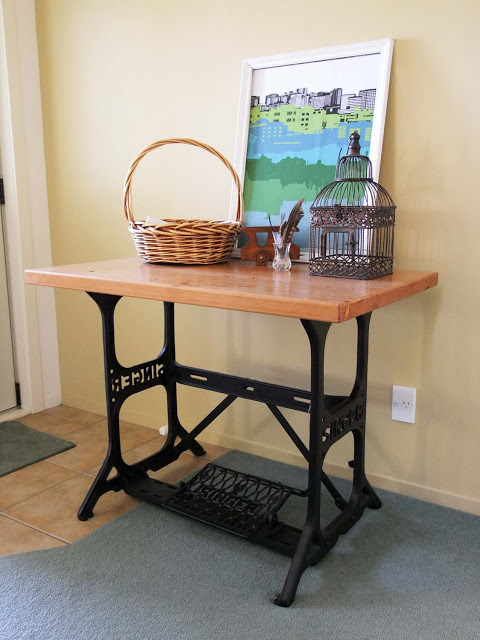sewing table as entry console buffet, Bravo Henry