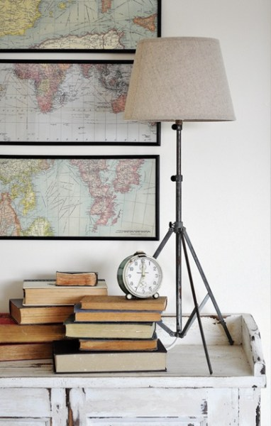tripod lamp from music stand, featured on Remodelaholic