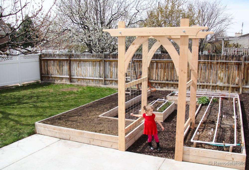 Vegetable Garden Arbor DIY Plans (4 Of 5)