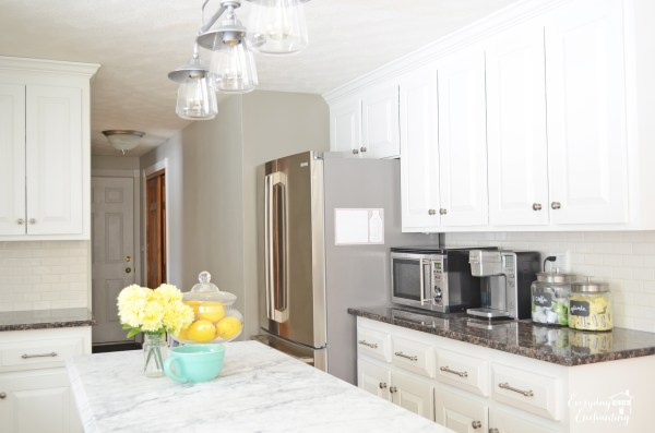 beautiful white kitchen renovation, Everyday Enchanting on Remodelaholic