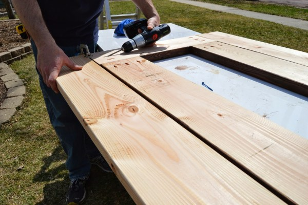 build patio table top with ice box 09, Kruse's Workshop on Remodelaholic