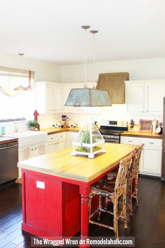 Build Your Own Faux Reclaimed Wood Countertops,The Ragged Wren On @Remodelaholic