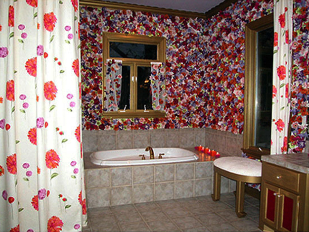Floral Pattern Bathroom by Hildi Santo-Thomas
