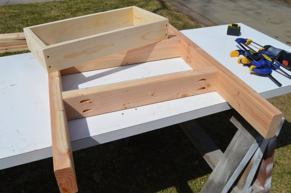 fit patio table ice box frames to supports 4, Kruse's Workshop on Remodelaholic